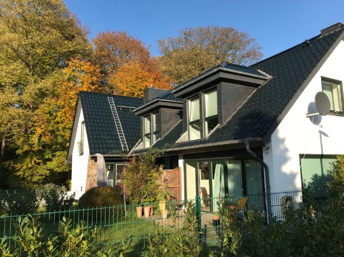 2 Zi. Dachgeschoßwohnung mit großer Dachterrasse in Wentorf